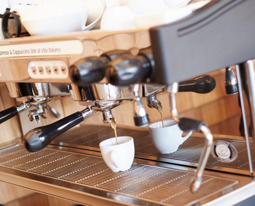 Kaffee bei Kiehnes freistil. in Ofterschwang