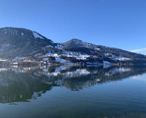 freistil. Oberallgäu. großer Alpsee bei Bühl, Immenstadt mit dem Immenstädter Horn im Hintergrund